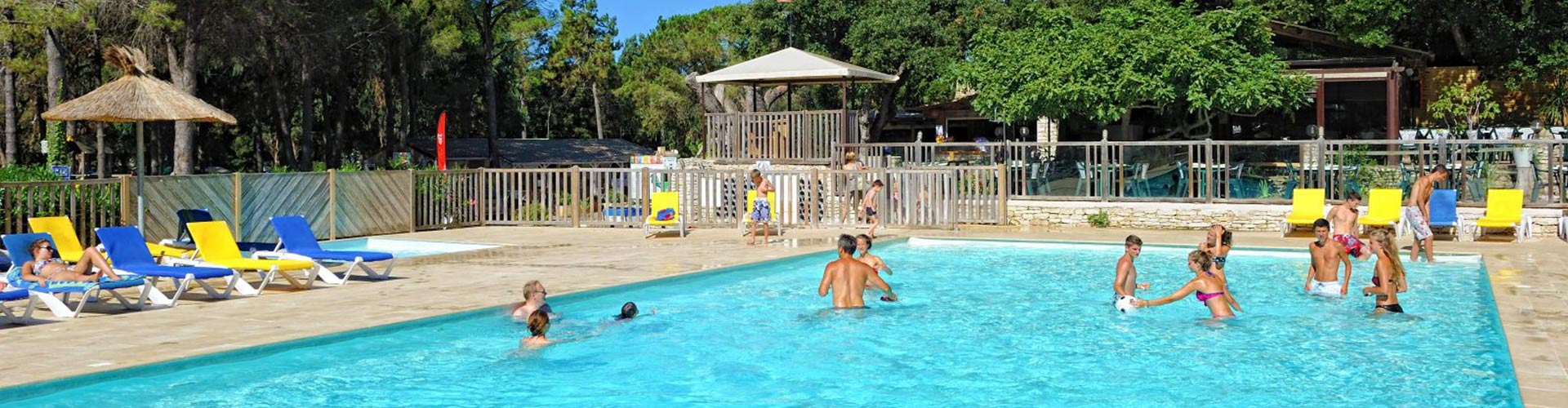 camping corse du sud bord de mer avec piscine et 3 toiles