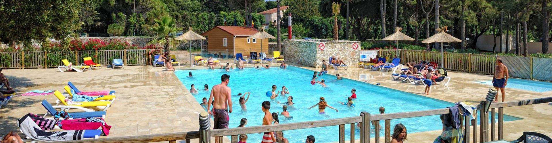 Camping bonifacio 4 etoiles for Camping embrun avec piscine 4 etoiles